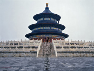 liu_bolin_hitc_no-92_temple_of_heaven_photograph_2010